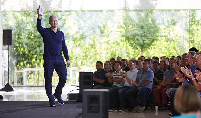 Apple Hits 1 Billion iPhones Sold