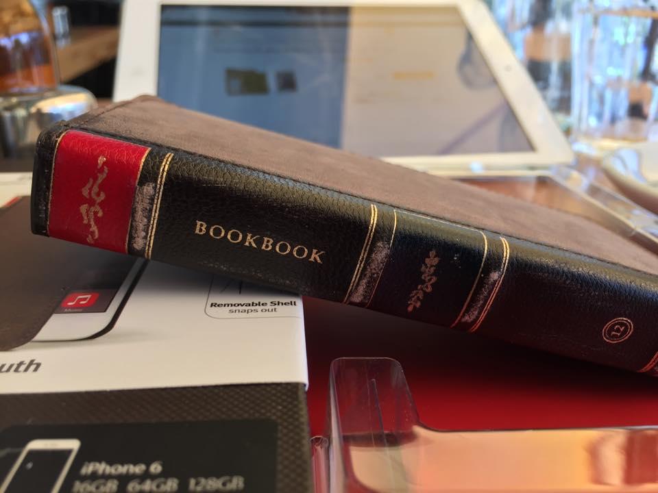 Twelve South BookBook suits iPhone 6 - uniquely brilliant!