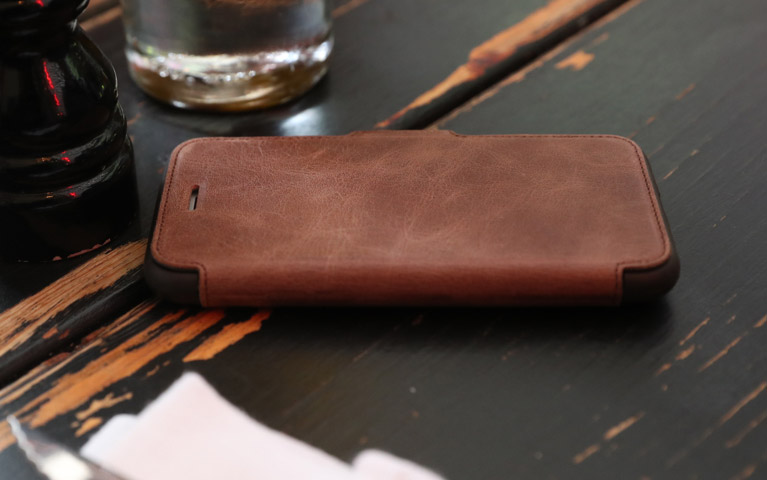 OtterBox Strada Folio for iPhone 7 & 8 Review